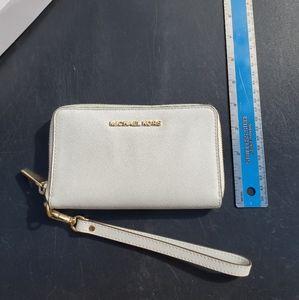 Micheal Kors continental wallet